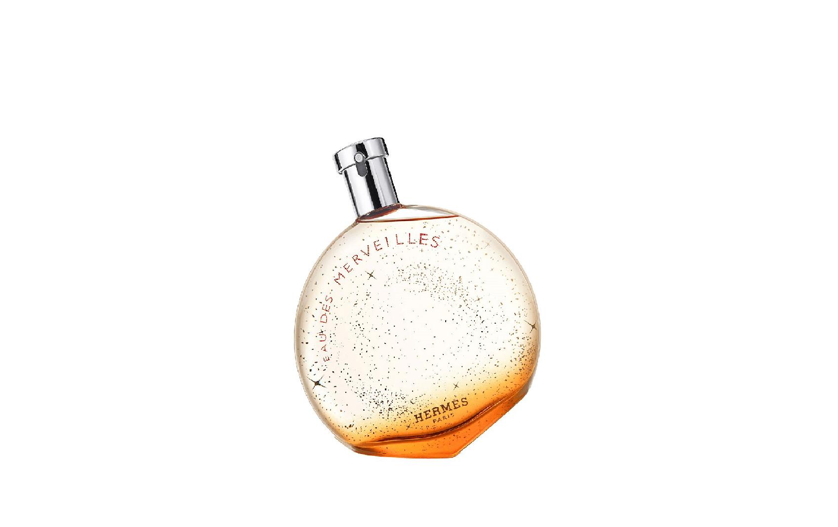 https://cdn.celes-perfume.com/wp-content/uploads/2019/04/Hermes-%E2%80%93-Eau-des-Merveilles-min.png